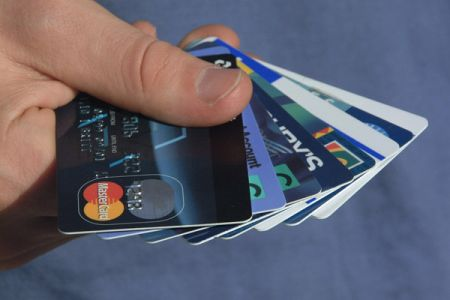 6 Crucial Credit Card Features That You Wouldn't Know!